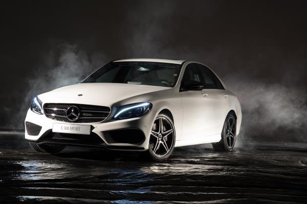 C 300 Sport é o novo topo de linha da Mercedes-Benz no Brasil