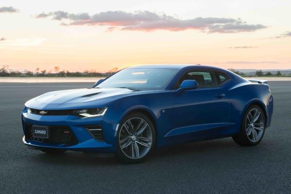 Chevrolet apresenta a  sexta geração do Camaro ainda mais potente