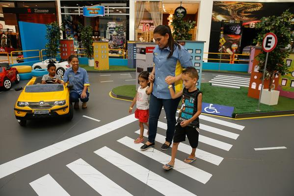 Programa 'O Trânsito e Eu', do Instituto Renault, chega ao BH Shopping
