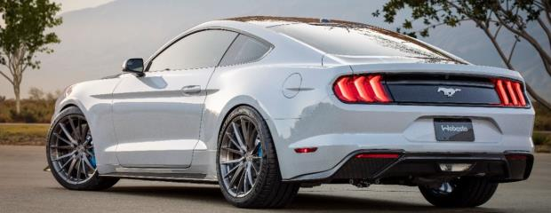 O MUSTANG LITHIUM, 'MUSCLE CAR' ELÉTRICO DO FUTURO DA FORD COM 900 CV